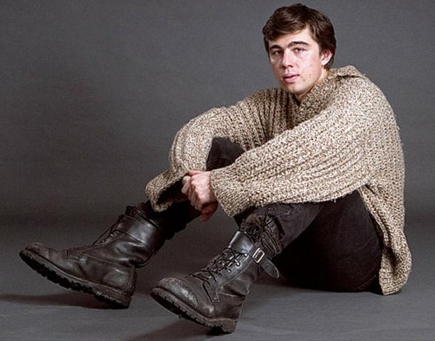 Большой свитер из фильма Брат 2